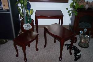 set of 3 side tables Windsor Region Ontario image 3