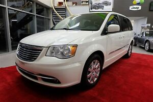 2013 Chrysler Town & Country Touring Stow N Go - Caméra