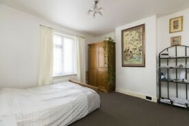 Big Room in Chadwell Heath