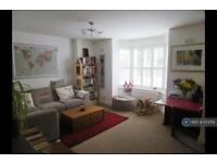 2 bedroom flat in Lilford Road, London, SE5 (2 bed)