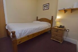NICE AND CLEAN SINGLE ROOM IN CANNING TOWN!
