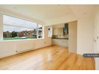 3 bedroom flat in Vicarage Road, Hendon, NW4 (3 bed)