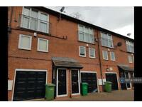 2 bedroom house in Archway Court, Nottingham, NG7 (2 bed)