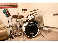 Mapex Saturn V - 5pc drum kit with World Max classic snare and Zildjian A-Custom 5pc cymbal pack