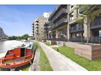 3 month flat share in modern, spacious canal view flat. 3 months stay. Lovely housemate included :)