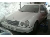 Mercedes-Benz E Class Pertol Manual gearbox for spares or repairs