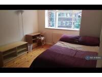 1 bedroom in West Kensington Court, London, W14