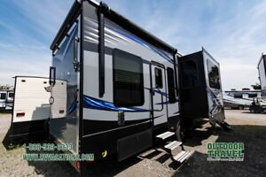 2018 KEYSTONE Fuzion 371 Toy Hauler 5th Wheel