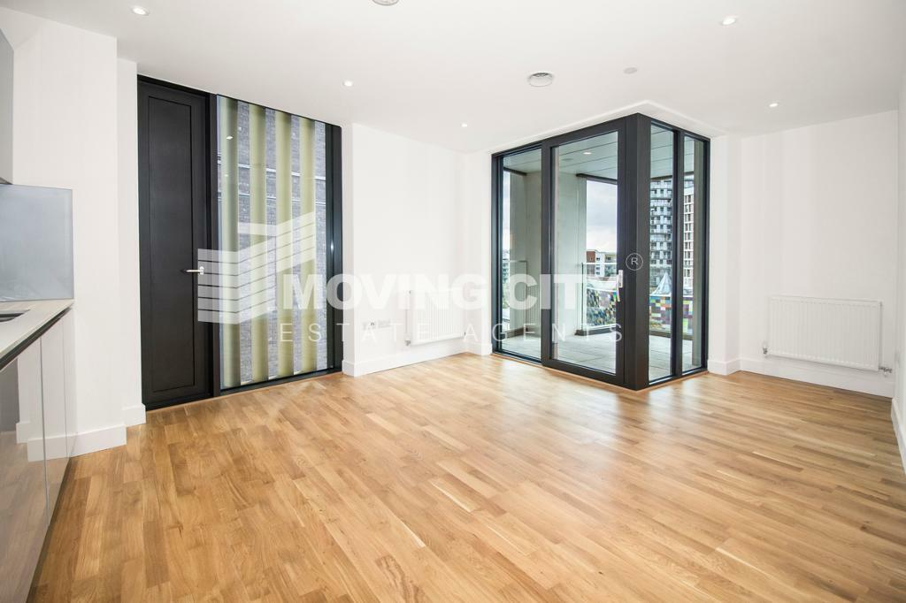 2 bedroom flat in Lewisham Gateway, Lewisham