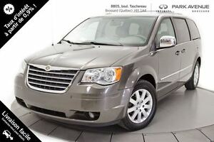 2010 Chrysler Town & Country Touring NOUVEL ARRIVAGE