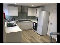 1 bedroom in Rich Close, Warwick, CV34