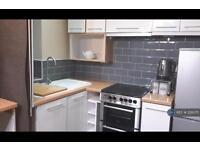 1 bedroom flat in Slaithwaite Road, London, SE13 (1 bed)