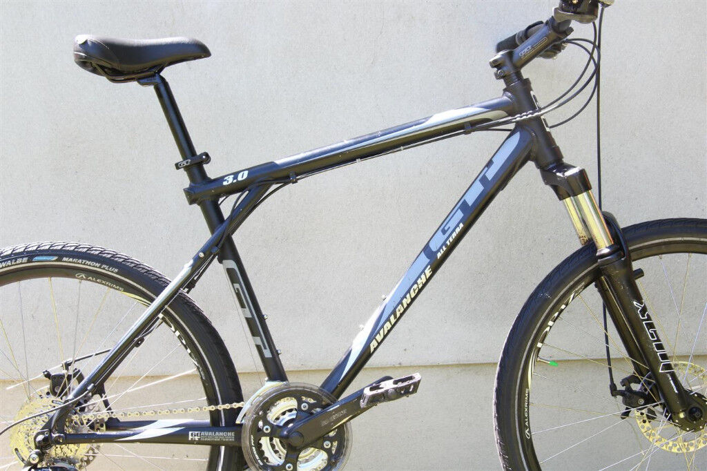 GT Avalanche 3.0 All Terra 2008 Men\'s 50cm Mountain Bike Charcoal ...