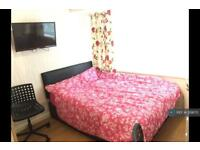 1 bedroom in Petersfield Road, Middlesex, TW18