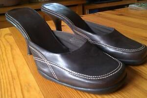 Barely worn! Nine West heels -- chocolate brown leather w/ seams