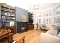 2 bedroom flat in Bathurst Gardens, London, NW10