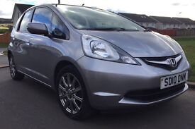 HONDA JAZZ SI 1.4 I-VTEC SILVER AIR CON ALLOYS FULL SERVICE MAGIC SEATS CD PLAYER 1 PREVIOUS OWNER