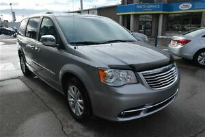 2016 Chrysler Town & Country LIMITED PLATINUM, DUAL DVD, NAV, PW