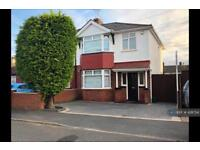 3 bedroom house in Towers Avenue, Hillingdon, Uxbridge, UB10 (3 bed)