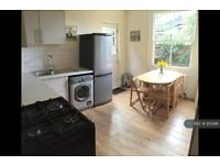 1 bedroom flat in Clapham South, London, SW12 (1 bed)