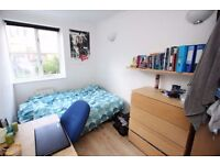 ALL BILLS INCLUDED ** 2 SINGLE bedrooms in great South East London! zone 2