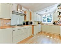Spectacular Victorian House With Private Garden, Close Proximity To Earlsfield BR Station