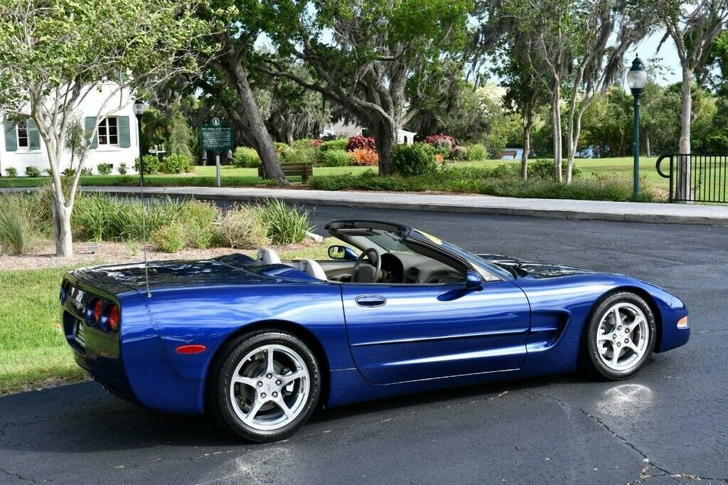 2004 Blue Chevrolet Corvette Convertible  | C5 Corvette Photo 6