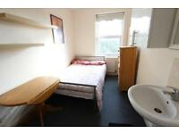 Avail TODAY. LARGE ROOM N1, Kings Cross, Holborn, CAMDEN. CLOSE 2 TUBE, TRAIN, SHOPS & Amenities