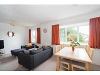 2 bedroom flat in Girdlestone Close, Headington, Oxford