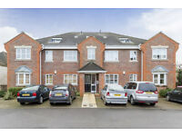 A delightful 2 bedroom flat set on a private road in modern development mins to Acton Town station