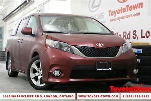 2014 Toyota Sienna 8 PASSENGER SE WITH DVD PLAYER