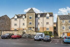 1 Bed Apartment with views of River Tamar - Investment Buyer Opportunity (>5%) - First time Buyer