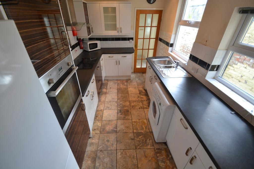 4 bedroom house in Arabella Street, Roath, Cardiff