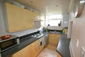 2 bedroom flat in Stretton Lodge Gordan Road, Ealing