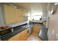 2 bedroom flat in Stretton Lodge Gordan Road, Ealing