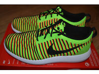 BRAND NEW IN BOX LADIES/GIRLS SIZE 5 NIKE ROSHE TWO FLYKNIT