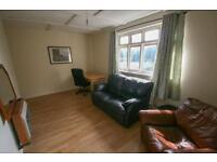 4 bedroom flat in Shield Street, NE2