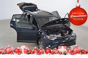 2018 Toyota RAV4 XLE, toit, mag, bluetooth, camera recul