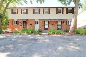 Ideal student rental! Great for groups of 3 and 4! Kitchener / Waterloo Kitchener Area image 1