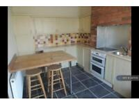 3 bedroom house in Albany Street, Halifax, HX3 (3 bed)