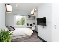 Studio flat in Gunnersbury Lane, Acton