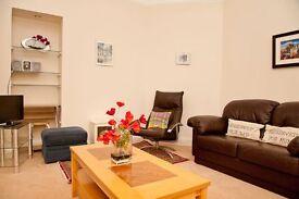 SHORT TERM Bright and spacious one bedroom ground floor apartment in popular Stockbridge