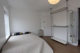 New Property /Ensuite room available in Hoxton !!