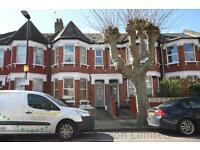 2 bedroom flat in Langham Road, Turnpike Lane