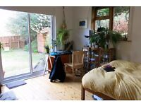 Beautiful room to let in Colinton: 1-21 June in huge shared house with garden, AGA and piano