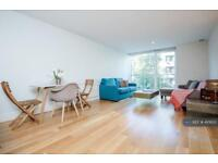 2 bedroom flat in Empire Square, London, SE1 (2 bed)