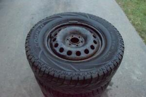 Nissan Frontier Pathfinder 265/65/17 Cooper Snows On Rims 75% Tread