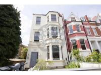 Studio flat in Lyncroft Gardens, West Hampstead
