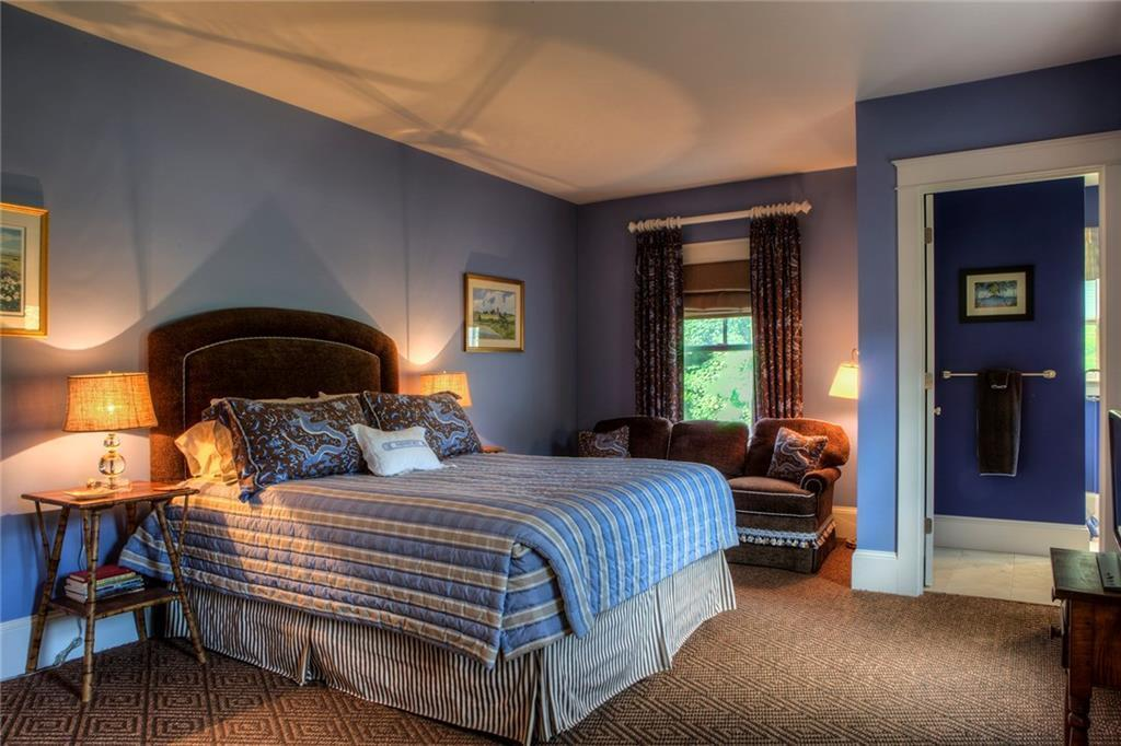 Купить The Wellington Resort Timeshare Newport Rhode Island - $300 Gift Card