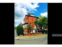 3 bedroom house in Beechwood Row, Leeds, LS4 (3 bed)